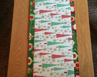 Christmas Tree/Ornament Holiday Table Runner