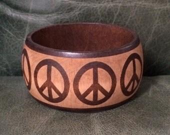 Vintage Wood Bangle, Peace Sign Bangle, Peace Bracelet, Peace Sign Jewlery, Wooden Peace Bangle, Wooden Jewelry, Vintage Peace Sign