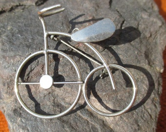 Fun French Penny Farthing bicycle / bike brooch, handmade 70s, silver tone