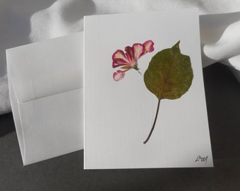 Thank You or for Any Ocassion card, with real pressed flowers.  Blank inside. Not laminated.  Original, one of a kind.  Handamde in the USA.