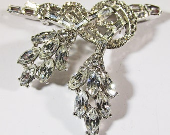 Vintage 1940s Rhodium Plated Rhinestone Floral Pin (Book Piece)