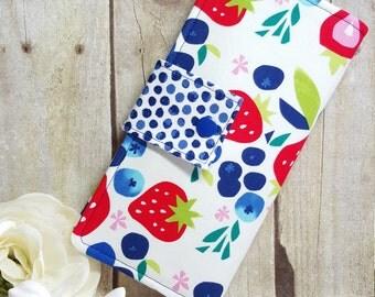 Womens wallet in bright Berries, clutch wallet, handmade wallet, fabric wallet,  bifold wallet, credit card wallet, checkbook wallet