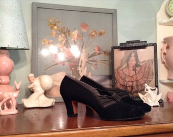 1930s 1940s deco style black suede leather heels size 9, 9.5, 10