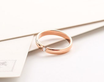 18K Rose Gold Band / Ring with Zirconia