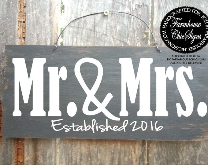 mr and mrs, mr and mrs sign, wedding gift, gift for the couple, mr and mrs gift, wedding decoration, gift for bride and groom, mr and mrs
