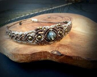 Prehnite macrame bracelet. Bohemian Jewelry. Hippie bracelet. Healing Jewelry. Boho Bracelet. Gemstone bracelet. Unique Design.