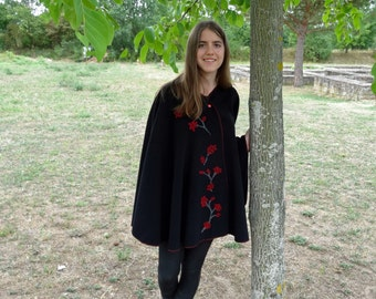 Poncho of black wool