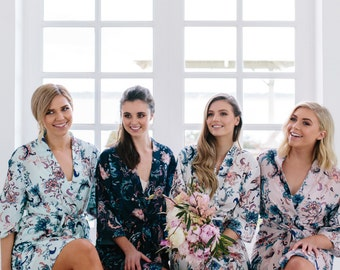 Bridesmaid Robes // Bridal Robe // Bride Robe // Bridal Party Robes // Bridesmaid Gift // Robe // Floral Robe