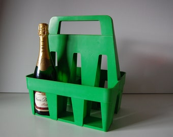 Grass green plastic bottle carrier, very unique design