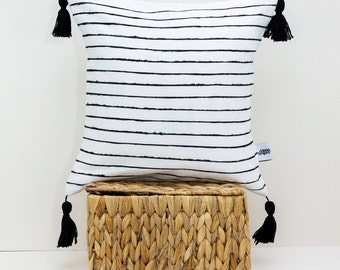 White linen throw pillow with Black stripes - Pom pom pillow - Scandinavian modern - Tassel cushion - Black and white pillow - Linen pillow