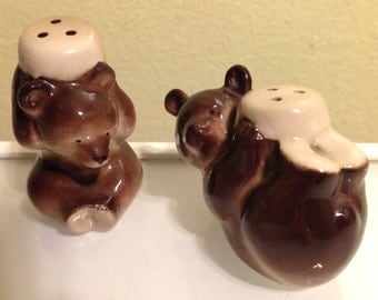 Cute Brown Bear Cubs Salt and Pepper Shakers Mid Century Modern