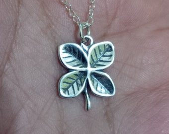 Sterling Silver 4 Leaf Clover pendant with chain
