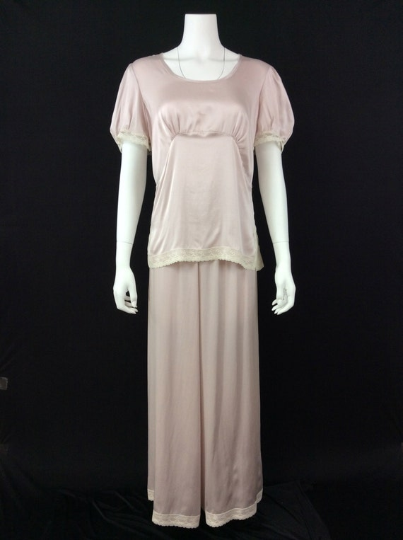 Vintage Inspired Nightgowns, Robes, Pajamas, Baby Dolls 1930s Vintage Reproduction Silk Lounging Pajamas - Size Small - XLarge  AT vintagedancer.com