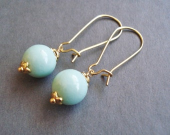 Mint Green Earrings,  Mint Wedding Jewelry, Aqua Long Earrings, Mint Bridesmaid Gift, Trendy Mint Jewelry, Simple Mint Earrings Gift Idea