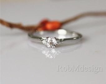 14K White Gold Ring VS 5mm Round Cut Morganite Ring Morganite Engagement Ring Gemstone Ring Gemstone Engagement Ring Simple Ring