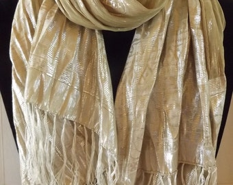 Handmade Woven Silk Oblong Ecru Scarf with Silver Design and White Fringes