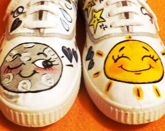 "SLIPPERS ""SUN MOON"""