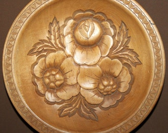 Hand Carving Folk Floral Turned Wood Wall Hanging Bowl