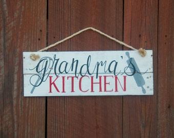 Grandma's Kitchen Custom kitchen sign Gifts for baker Gifts for chef Gifts for cook Gifts for grandmother Rustic kitchen sign Kitchen decor