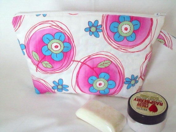 toiletry bag, large zipped pouch,  pink cosmetic bag, make up holder, quilted pouch, pink floral fabric