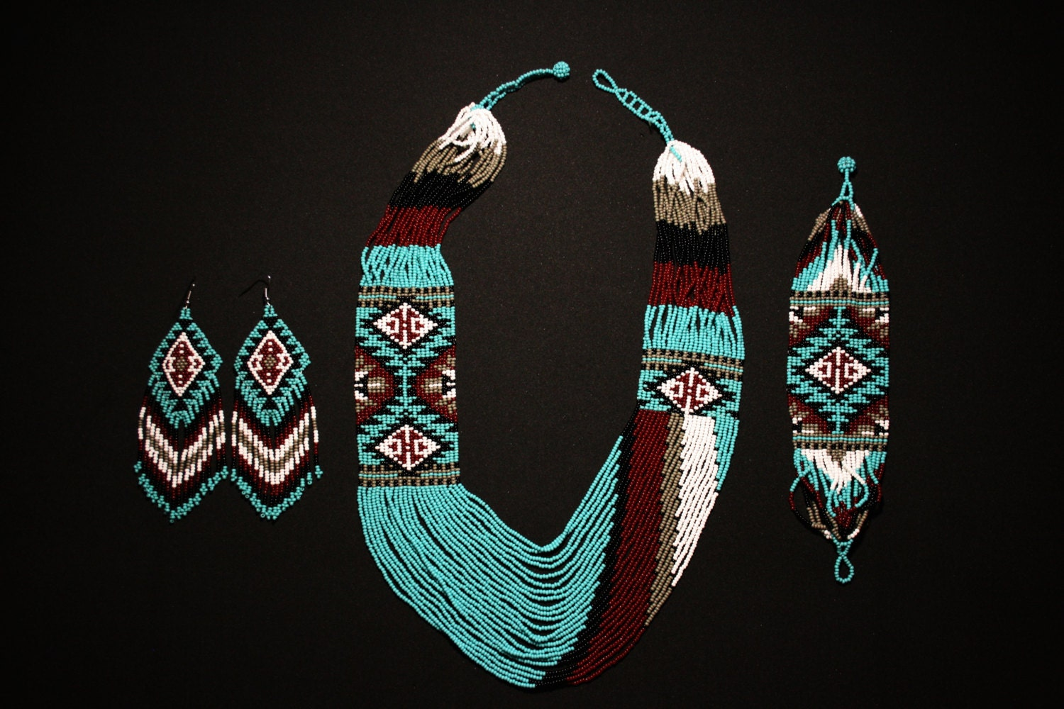 Native american jewelry set native american beaded necklace for How to make american indian jewelry