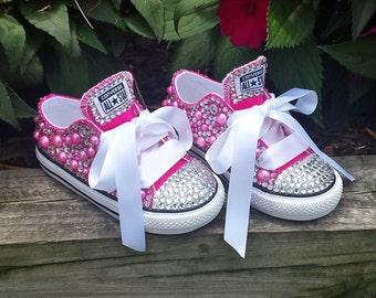 Custom Bling Low-top Converse Shoes. Pink custom converse. Rhinestone Shoes. Bling Shoes. Converse. Birthday Shoes. Bling Converse
