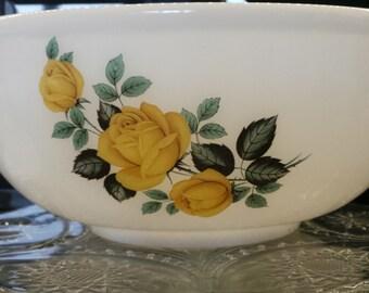 Large yellow rose pyrex mixing bowl