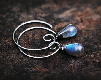 STUNNING Labradorite Swirl Hoop Earrings // Stunning and Glowing Labradorite Drops on oxidized sterling silver hooks // Handmade with love