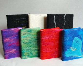 Beautiful notebooks with handmade covers in different colors! Made for you by Biddies