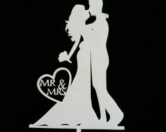 Cake Topper Bride & Groom kissing