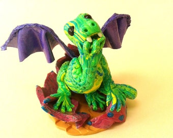 Polymer Clay Baby Dragon Ornament, OOAK Green Dragon Figurine, Hatching Dragon Sculpture Gift, Winged Reptile Figure, Dragon Cake Topper,