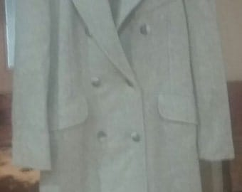 Sz. 8 Tailored  Vintage Wool Coat...Faux Belt in Back Double Breasted...Pockets..Full Length