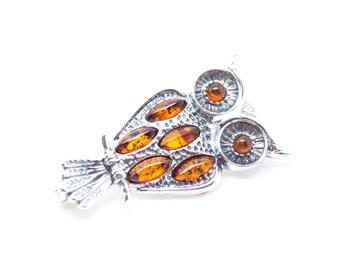 Owl Brooch, Owl Jewellery, Amber & Silver Owl Brooch, Amber Brooch, Silver Brooch, Brooch Gift, Animal Brooch, Baltic Amber Brooch, Amber
