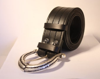 Leather Belt with particular buckle-leather buckle belt detail