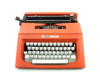 1988 - Olivetti College Lettera 25 Typewriter  - AZERTY - Clean and working - Olivetti School Bag