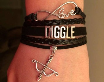 Diggle bracelet - Arrow - Comic Con - infinity jewelry