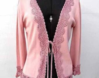 Vintage Women's Joseph A. Pink Crocheted Viscose/Nylon Knit Lightweight Sweater Size M