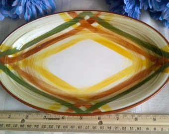 Vernon Ware Homespun Pattern. Small Oval Serving Platter. Hand Painted Under Glaze. Vernon Ware California, USA.