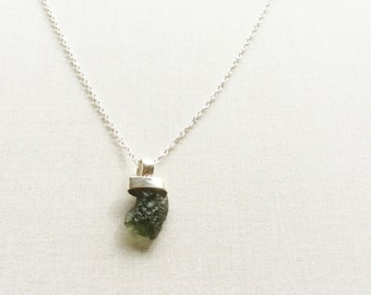 Sterling Silver Moldavite Necklace - Healing Stone Necklace - Moldavite Jewelry - Meteorite Necklace - Healing Jewelry - Moldavite