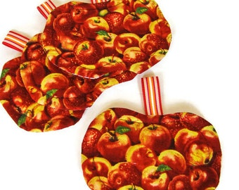 Quilted Apple Coasters - Set of Four; Apple Coaster Set; Reversible Coasters; Autumn Coasters