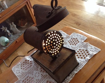Bee Smoker Lamp