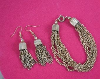 Vintage Gold Chain Bracelet and Earrings Set