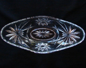 Anchor Hocking Star and Fans Pattern Boat Bowl