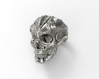 Steampunk skull ring - with an intricate richly detailed design- Silver, Gold, Palladium