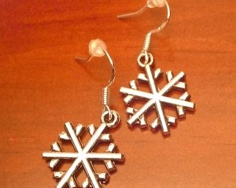 flake or lace Medallion earrings