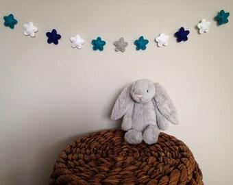 Star Felt Garland, baby nursery, baby shower decoration or gift, wall child room decor, stuffed, star banner, bunting, photo prop