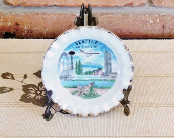 Seattle Washington porcelain souvenir pin dish scenic ware 1960s mid century