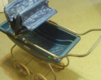 VIntage Doll Baby Buggy