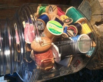 Lot of 60 Vintage Wooden Spools, Plastic Spools, sewing spools with thread, assorted