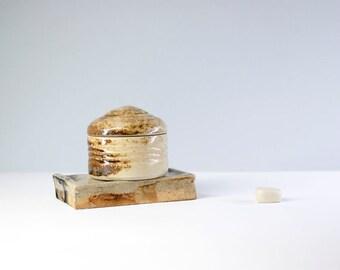 Box / jeweler Caracola